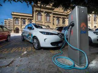 Renault-car-sharing-elettrico-Palermo-8