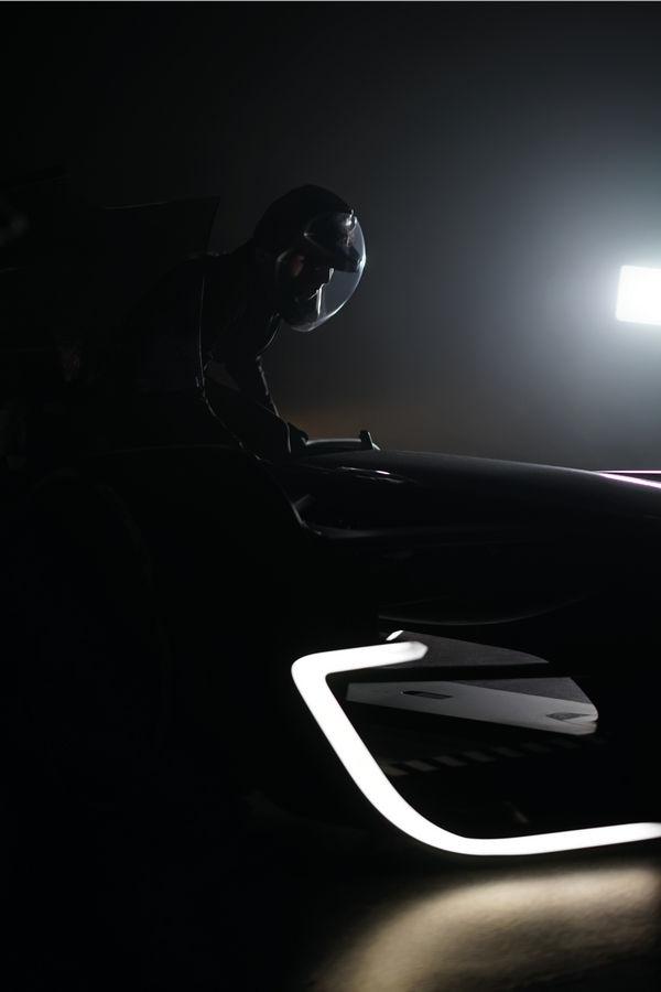 f1-renault-rs-2027-vision-teaser (2)