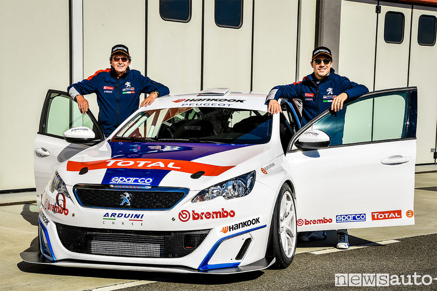 Accorsi-Sparco-Peugeot-308-Racing-Cup-1