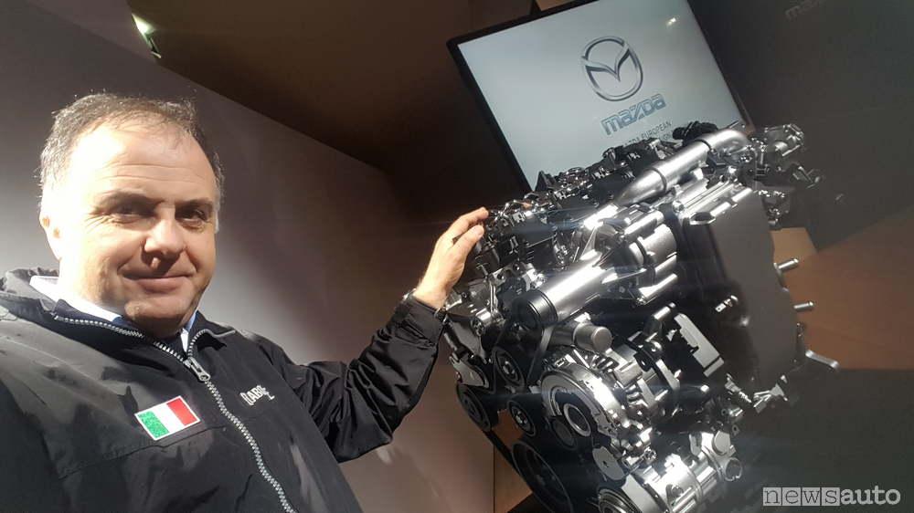 Motore Skyactiv-X-con Giovanni Mancini
